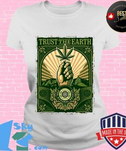 Trust the Earth weed hand black lives matter green s V-neck
