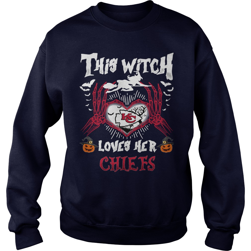 Kansas City This Witch Loves Her Chiefs Halloween SweatShirt