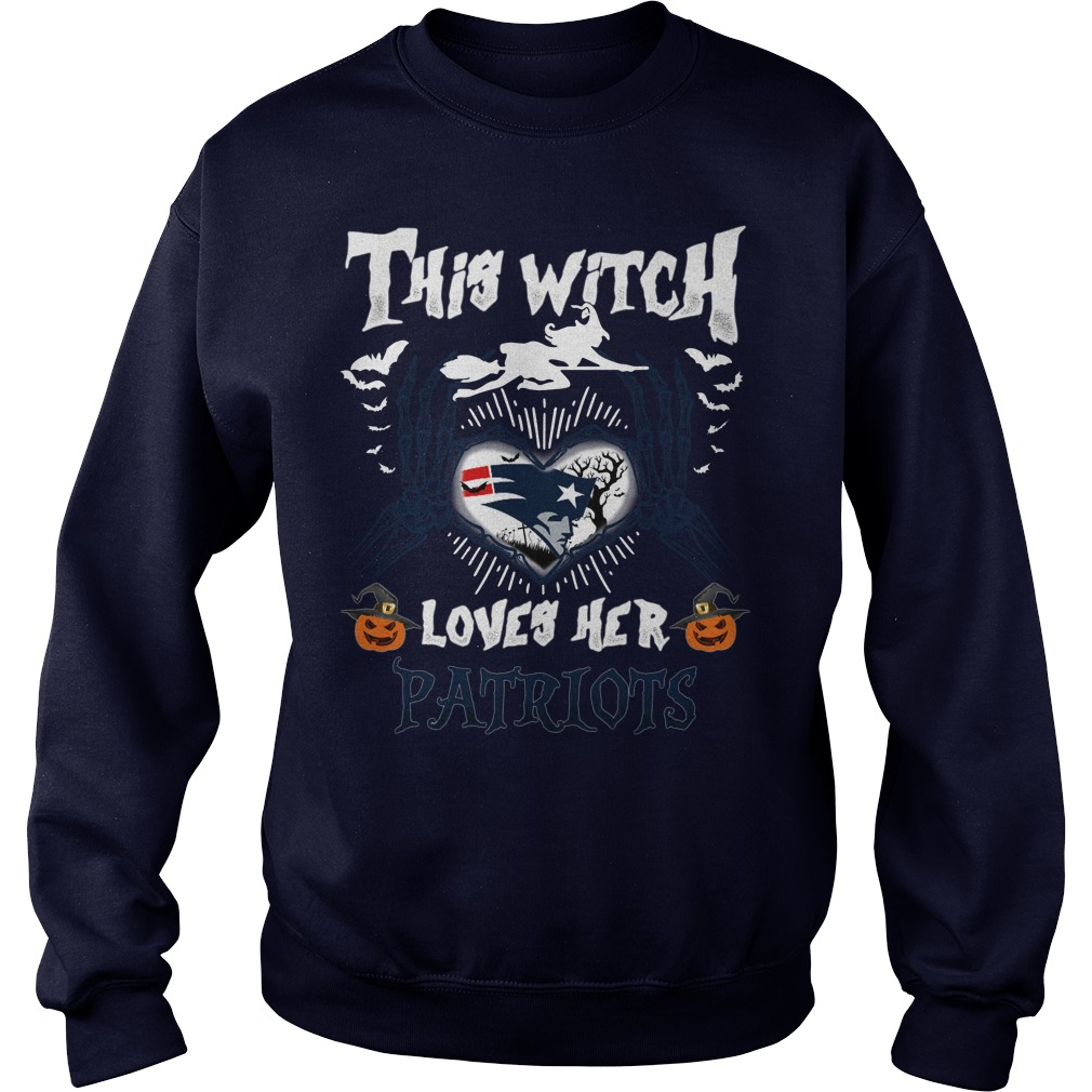 New England Patriots This Witch Loves Her Patriots Halloween Sweatshirt